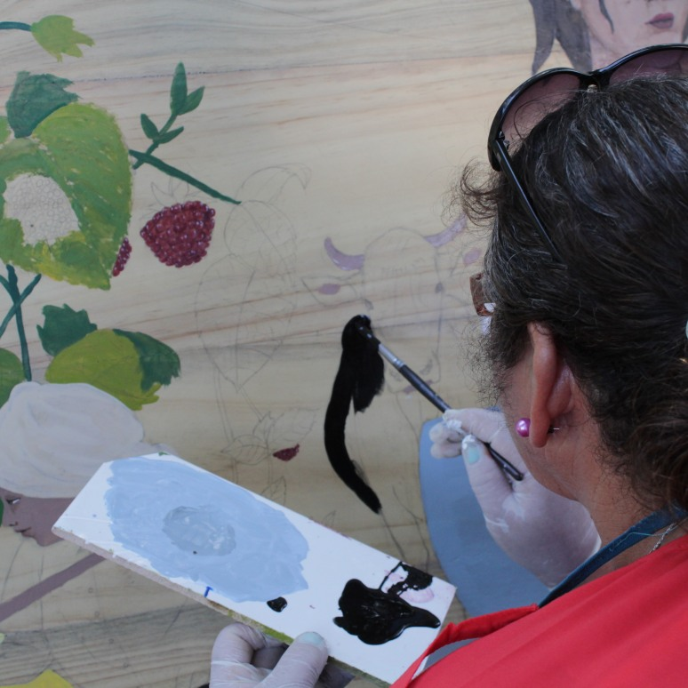 Peinture du panneau en bois.