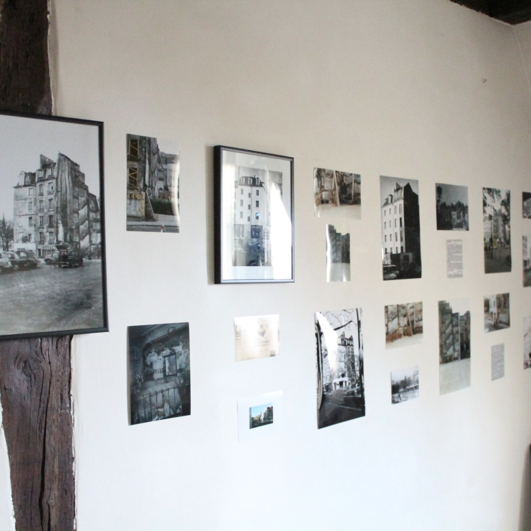 Exposition de photographies d'archive.